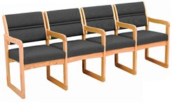 4-Seats w/Armrests