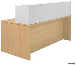 Maple/White 71�x36� Rectangular Reception Desk