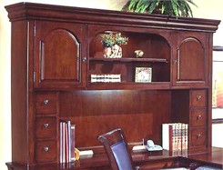 Executive Overhead Storage Hutch for U-Shaped Desk