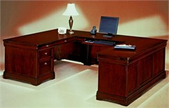 Executive U-Shaped Desk w/Right Bridge