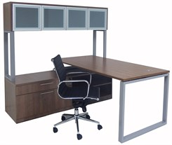 TrendSpaces Layered L-Desk w/Hutch