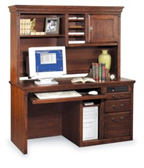 Traditional Oak Deluxe Computer Desk w/ Hutch